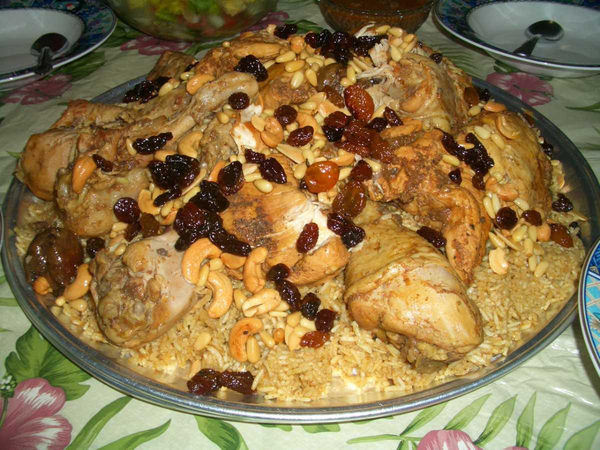 نمایی غذاهای عمانی هریسه مرغ