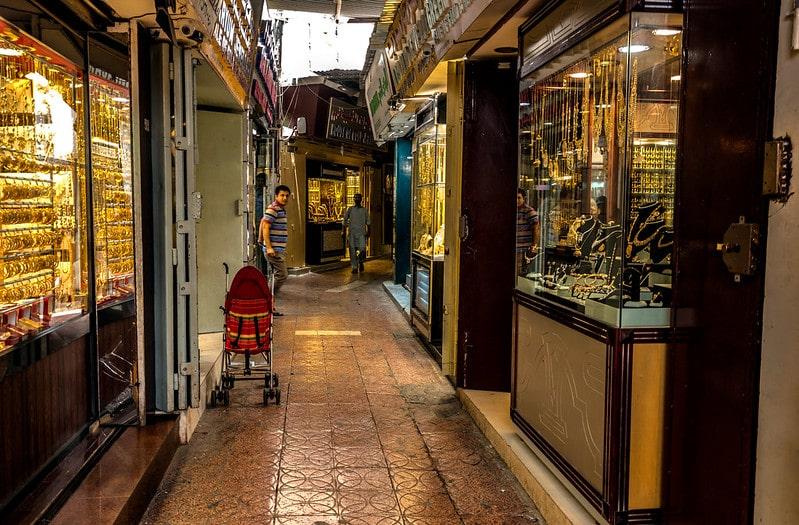 بازار طلا و جواهر عمان و خرید سوغاتی برای خانمها