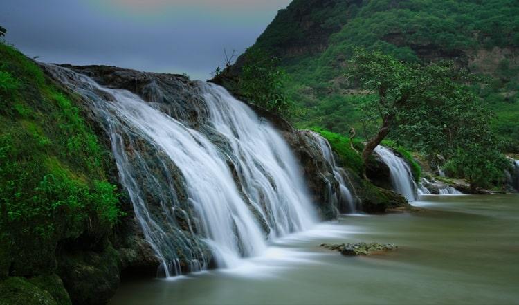 وادی دربات آبشارهای زیبای صلاله عمان