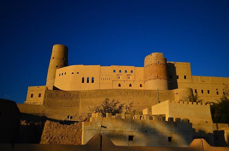 معرفی قلعه بهلا در کشور زیبای عمان