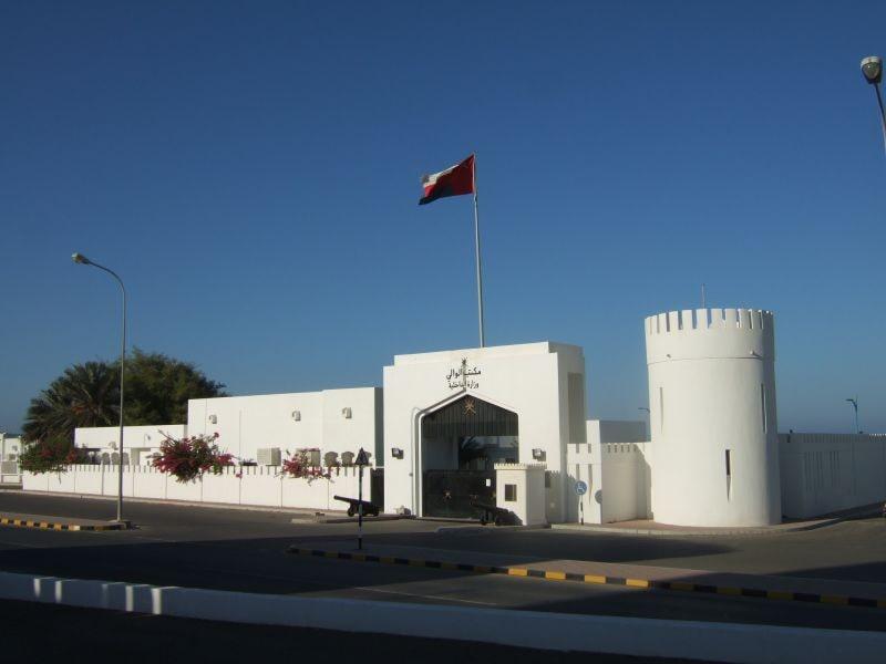 یکی از جاذبههای گردشگری صحار قلعه صحار میباشد