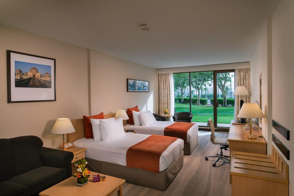 اتاق های لوکس هتل کرون پلازا مسقط