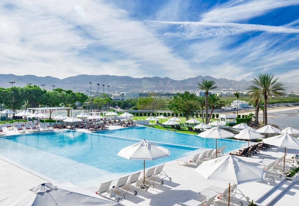 هتل کرون پلازا مسقط از هتلهای ساحلی و 4 ستاره عمان