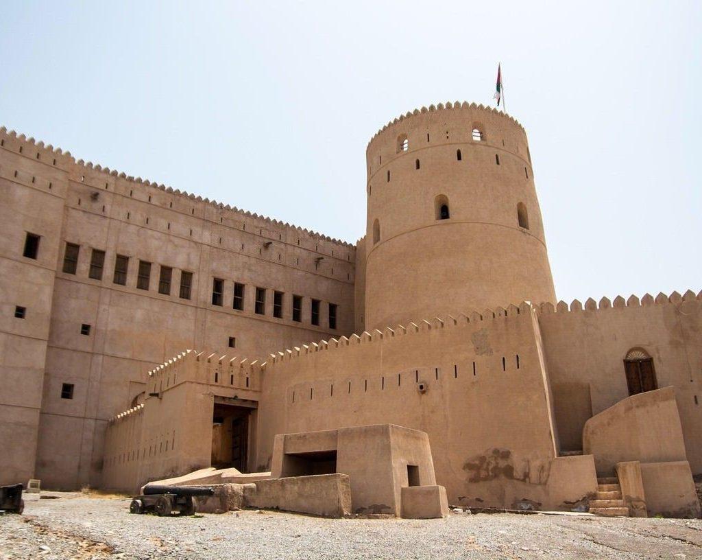 نمای بیرونی قلعه الحزم عمان