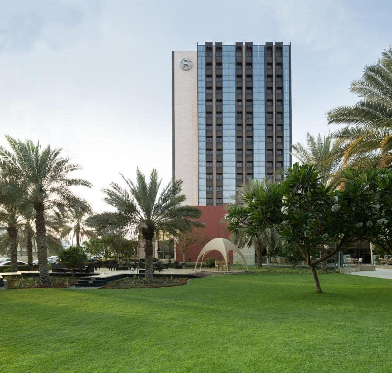هتل شرایتون مسقط عمان